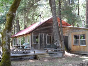 6 Bear Creek Road, Dinsmore, CA 95526
