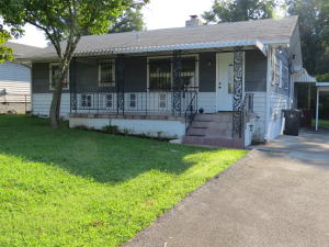 2004 Chillicothe St, Knoxville, TN 37921