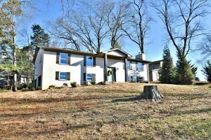 8613 NW Rushbrook Drive, Knoxville, TN 37923