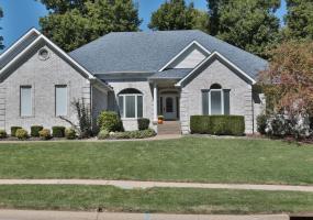 1739 Kensington Place Ln, Louisville, Kentucky 40205, 4 Bedrooms Bedrooms, 14 Rooms Rooms,4 BathroomsBathrooms,Residential,For Sale,Kensington Place,1401712