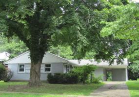 3105 Radiance Rd, Louisville, Kentucky 40220, 3 Bedrooms Bedrooms, 7 Rooms Rooms,1 BathroomBathrooms,Residential,For Sale,Radiance,1480015