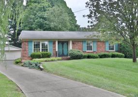 3218 Pomer Ct, Louisville, Kentucky 40220, 3 Bedrooms Bedrooms, 8 Rooms Rooms,2 BathroomsBathrooms,Residential,For Sale,Pomer,1506320