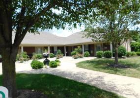 9003 Sidney Way, Louisville, Kentucky 40291, 2 Bedrooms Bedrooms, 5 Rooms Rooms,2 BathroomsBathrooms,Residential,For Sale,Sidney,1507036