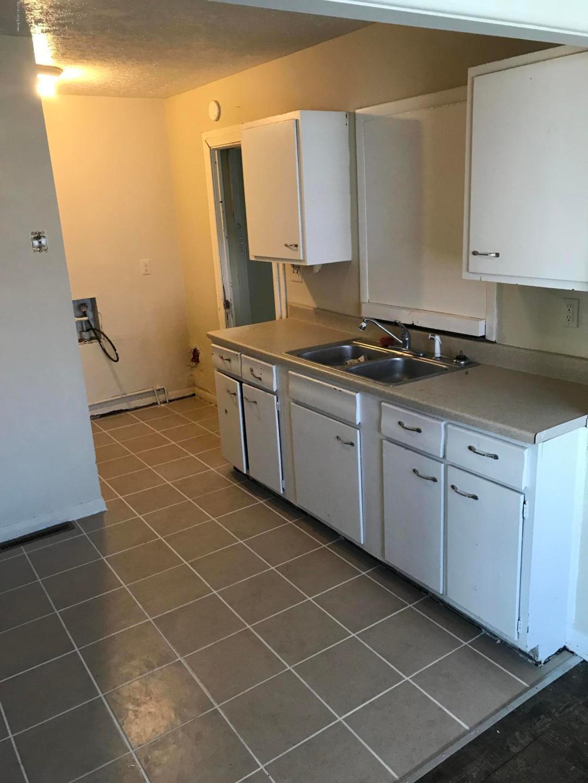 2134 Belmont Rd, Louisville, Kentucky 40218, 4 Bedrooms Bedrooms, ,1 BathroomBathrooms,Rental,For Rent,Belmont,1527275