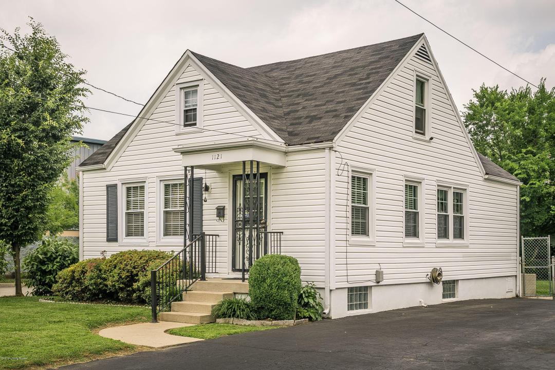 1121 Hathaway Ave, Louisville, Kentucky 40215, 3 Bedrooms Bedrooms, 6 Rooms Rooms,1 BathroomBathrooms,Residential,For Sale,Hathaway,1534270