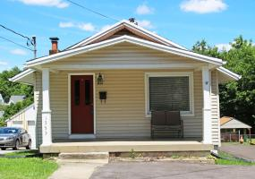 1553 Taylor Ave, Louisville, Kentucky 40213, 2 Bedrooms Bedrooms, 5 Rooms Rooms,1 BathroomBathrooms,Residential,For Sale,Taylor,1536350