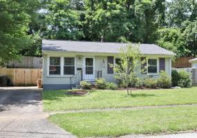 630 Emily Rd, Louisville, Kentucky 40206, 3 Bedrooms Bedrooms, 5 Rooms Rooms,1 BathroomBathrooms,Residential,For Sale,Emily,1536989