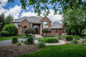 Property for sale at W355S2905 Old Stonewall Ct, Oconomowoc,  WI 53066