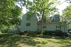 Property for sale at N28W29813 Oakwood Grove Rd, Pewaukee,  WI 53072