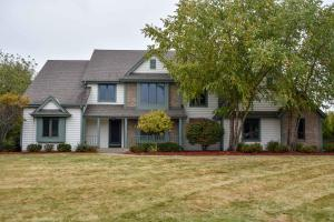 Property for sale at N18W29582 Crooked Creek Rd, Pewaukee,  WI 53072