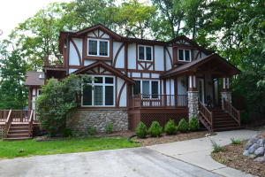 Property for sale at 3613 Ridge Dr, Hartland,  WI 53029