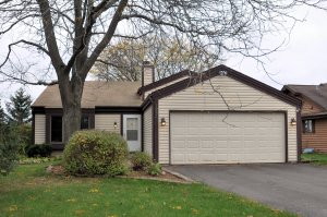 Property for sale at 1284 Timber Rdg, Pewaukee,  WI 53072