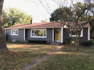 Property for sale at N55W37183 Harvard St, Oconomowoc,  WI 53066