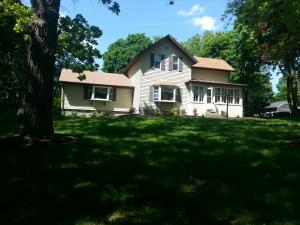 Property for sale at 810 E Capitol Dr, Hartland,  WI 53029
