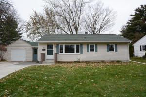 Property for sale at 42 S Blain St, Oconomowoc,  WI 53066