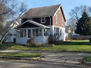 Property for sale at 25 S Maple St, Oconomowoc,  WI 53066