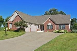Property for sale at 873 Tree Ridge Ct, Hartland,  WI 53029