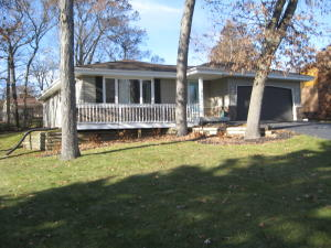 Property for sale at 729 Mansfield Cir, Hartland,  WI 53029