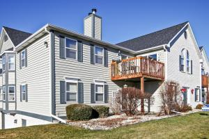 Property for sale at N25W24037 River Park Dr Unit: 8, Pewaukee,  WI 53072