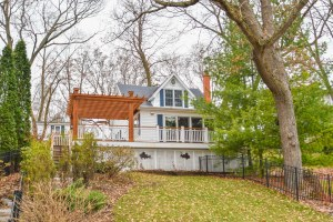Property for sale at 1024 N Breens Bay Rd, Summit,  WI 53066