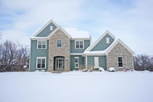 Property for sale at N21W25016 Still River Dr, Pewaukee,  WI 53072