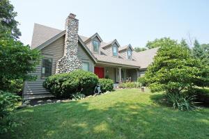 Property for sale at W315S1105 Glacier Pass, Delafield,  WI 53018
