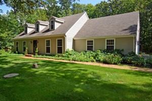 Property for sale at W308N7056 Club Cir E, Hartland,  WI 53029