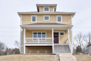 Property for sale at 486 Bleeker St, Delafield,  WI 53018