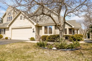 Property for sale at N21W24120 Garden Cir Unit: 2E, Pewaukee,  WI 53072
