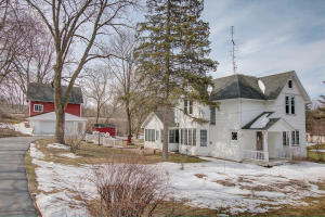 Property for sale at N44W33137 Watertown Plank Rd, Nashotah,  WI 53058