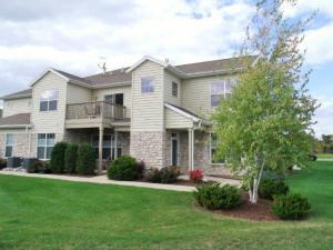 Property for sale at N17W26522 W Meadowgrass Cir Unit: F, Pewaukee,  WI 53072