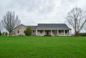 Property for sale at N77W27880 Garnet Ct, Hartland,  WI 53029
