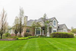 Property for sale at N42W33150 Glen Parc Cir, Nashotah,  WI 53058