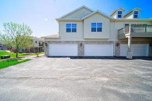 Property for sale at N17W26538 Meadowgrass Cir #F, Pewaukee,  WI 53072