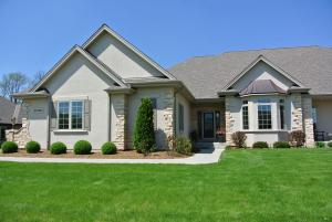 Property for sale at N35W23670 Auburn Ct, Pewaukee,  WI 53072