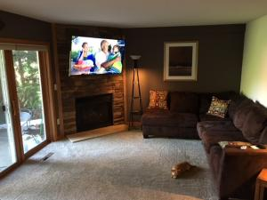 Property for sale at 558 Westfield Way Unit F, Pewaukee,  WI 53072