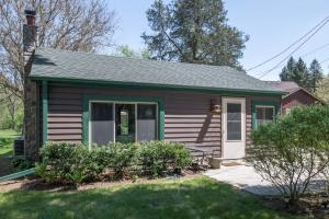 Property for sale at W376S4868 E Pretty Lake Rd, Dousman,  WI 53118