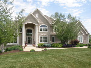 Property for sale at W284N6376 Hibritten Way, Hartland,  WI 53029