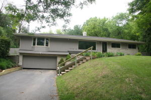 Property for sale at N13W28697 Silvernail Rd, Delafield,  WI 53072