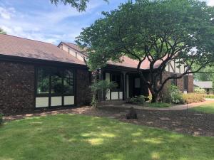 Property for sale at W333S309 Glen Oaks Dr, Delafield,  WI 53018