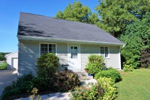 Property for sale at 435 Harvard St, Oconomowoc,  WI 53066