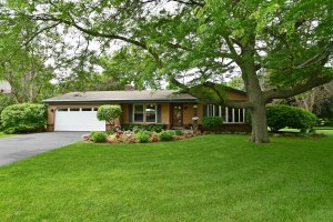 Property for sale at W299N5449 Arrow Ct, Hartland,  WI 53029