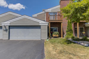 Property for sale at N17W26865 E Fieldhack Dr Unit: D, Pewaukee,  WI 53072