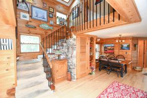 Property for sale at 2129 West Shore Dr, Delafield,  WI 53018