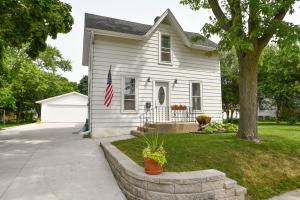 Property for sale at 45 S Chestnut St, Oconomowoc,  WI 53066