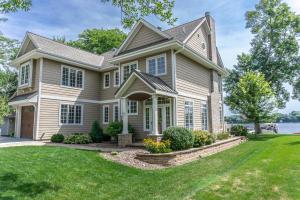 Property for sale at W322N7320 Reddelien Rd, Hartland,  WI 53029