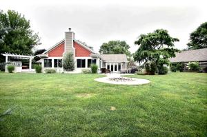 Property for sale at S15W31835 Meadowview Ct, Delafield,  WI 53018