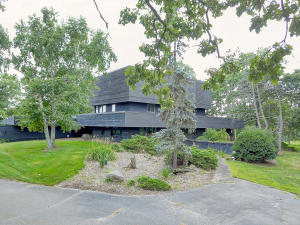 Property for sale at W377S2283 W Kincaid Ln, Dousman,  WI 53118