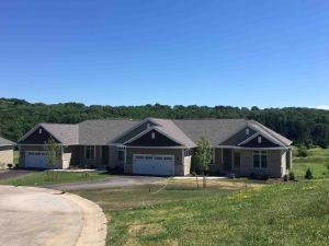 Property for sale at N3W31453 Lara Ln Unit: 702, Delafield,  WI 53018
