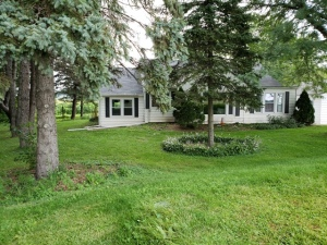 Property for sale at W2172 T Bar Ln, Ixonia,  WI 53036